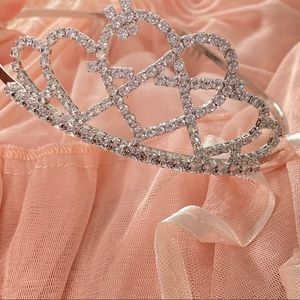 real authentic white igirl anarchy tiara <333